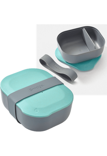 Smidge lunch box with divider