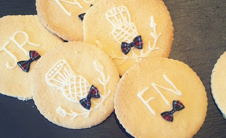 Shortbread or Whiskey?<br>We say, both! Default