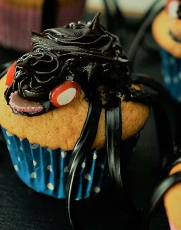 Recipe | Spooky Spider Cupcakes Thumbnail