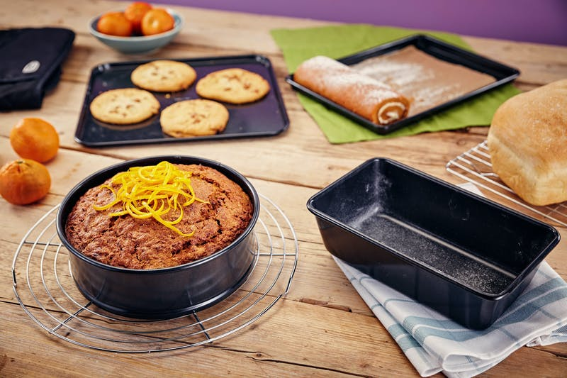 Stellar Non-Stick Bakeware in use